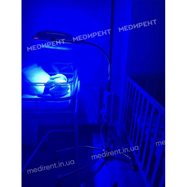 Сеанс лечения желтушки у новорожденных с помощью фототерапевтического облучателя НО-АФ-LED